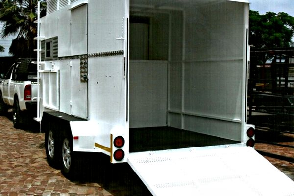 horse-box-trailers-for-sale